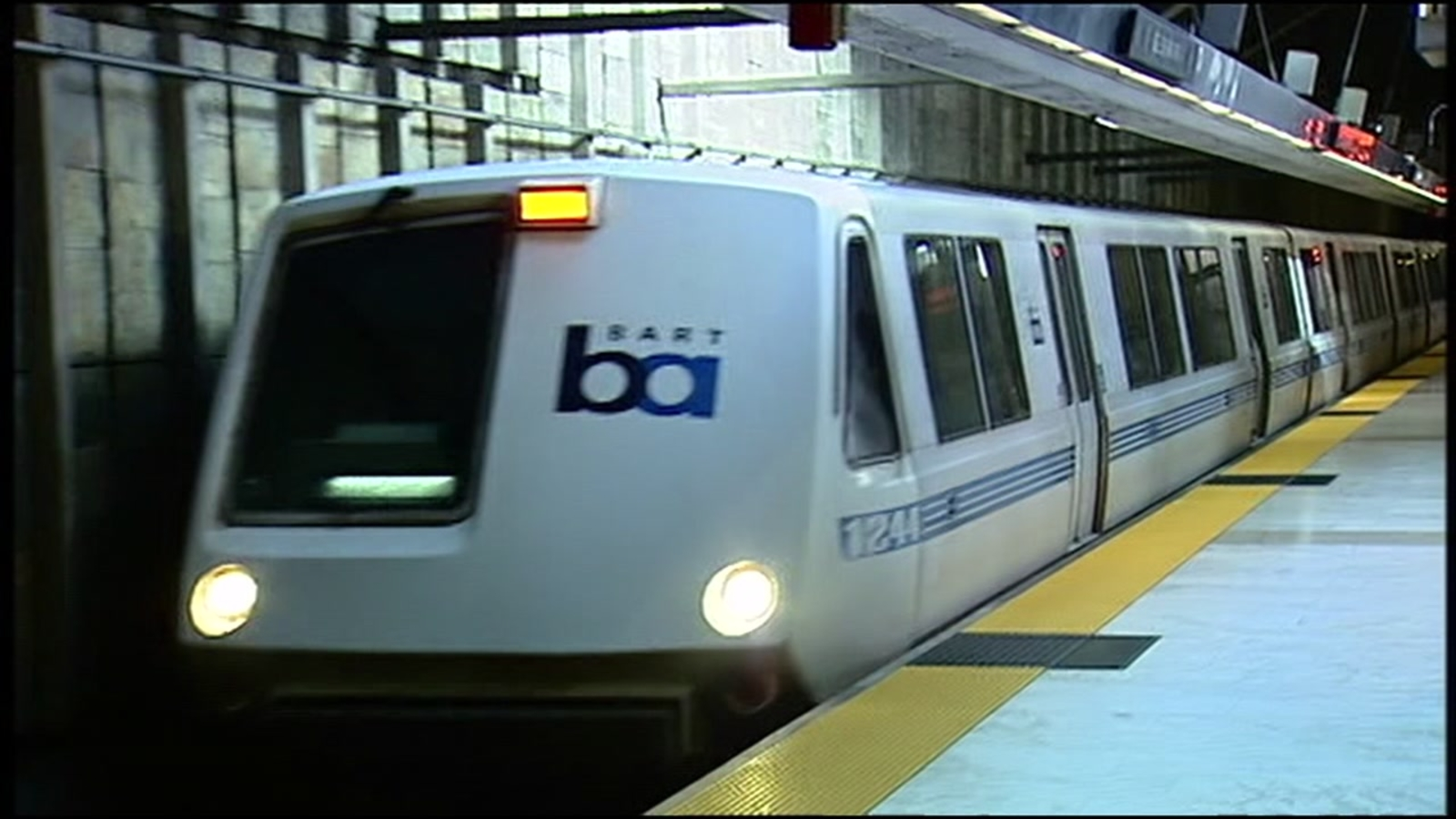 Powell St. BART station reopened after person hit, killed by train