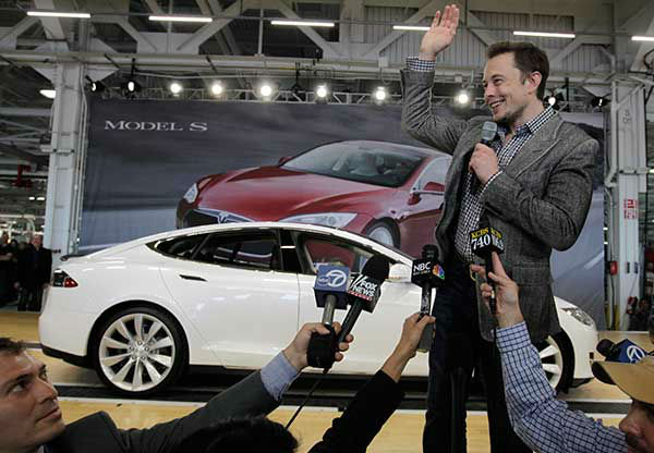 "<div class=""meta image-caption""><div class=""origin-logo origin-image ""><span></span></div><span class=""caption-text"">Elon Musk (Photo/Paul Sakuma)</span></div>"
