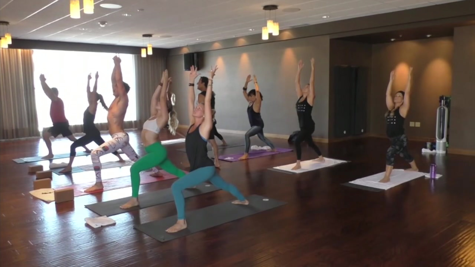 New Class Offers Hot Yoga And Hot High Intensity Interval Training Abc7 Los Angeles