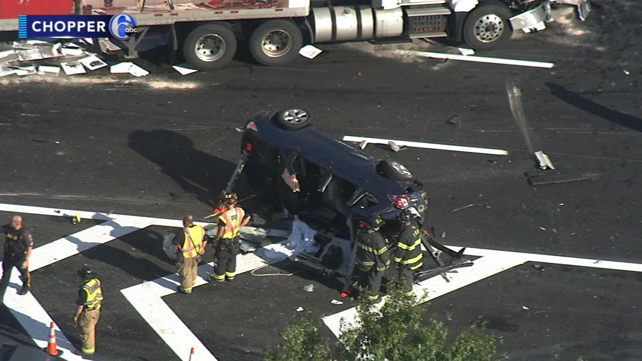 3 injured in multi-vehicle crash on I-295 southbound in Lawrence Township,  New Jersey | 6abc.com