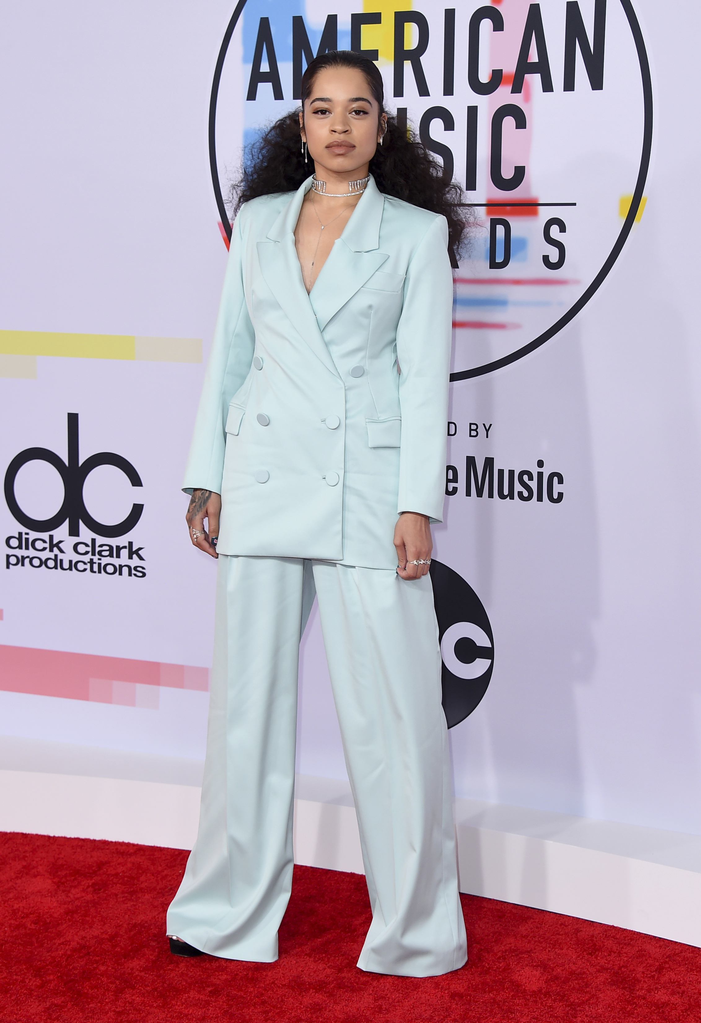 "<div class=""meta image-caption""><div class=""origin-logo origin-image none""><span>none</span></div><span class=""caption-text"">Ella Mai arrives at the American Music Awards on Tuesday, Oct. 9, 2018, at the Microsoft Theater in Los Angeles (Jordan Strauss/Invision/AP)</span></div>"