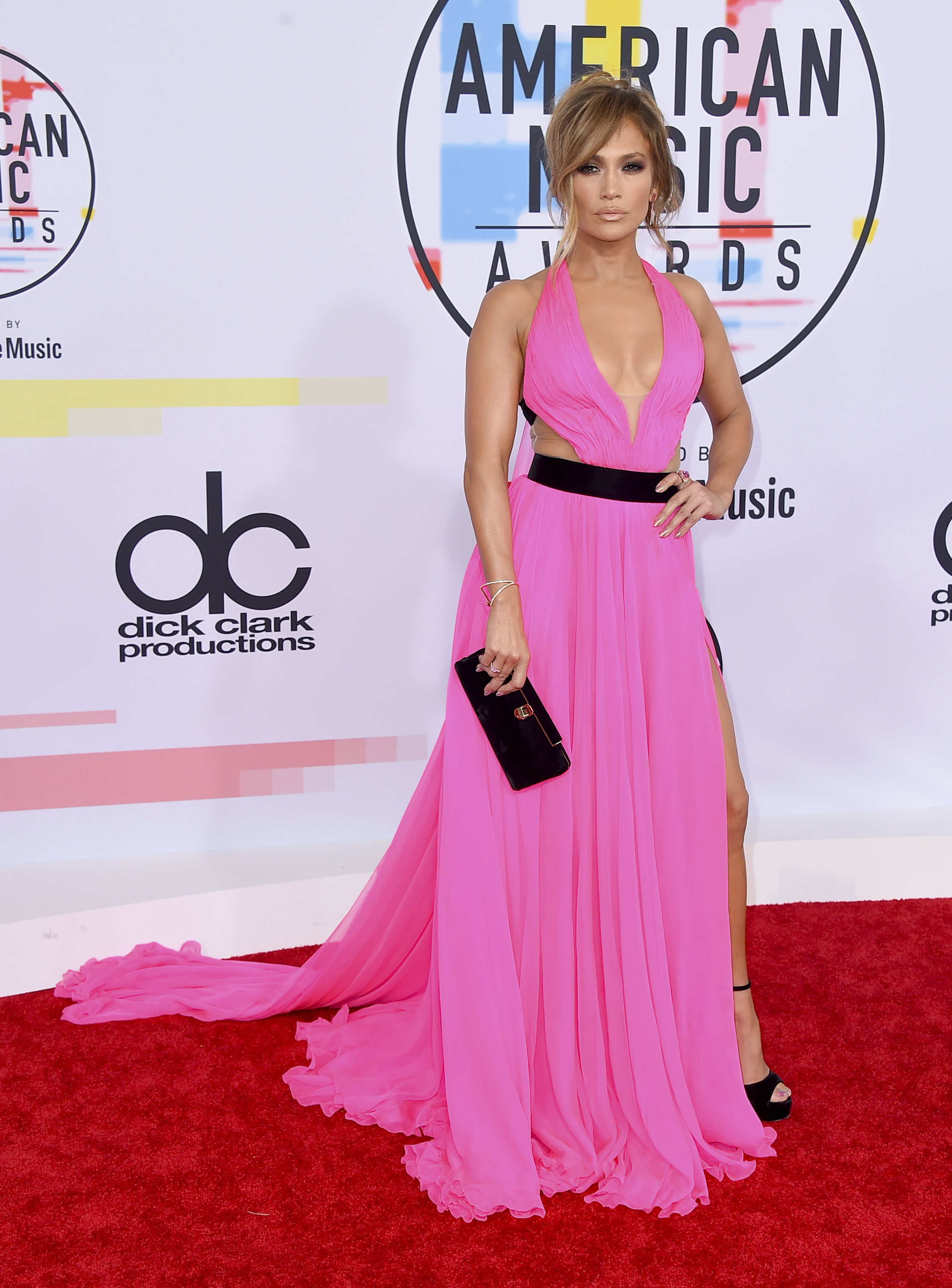 "<div class=""meta image-caption""><div class=""origin-logo origin-image none""><span>none</span></div><span class=""caption-text"">Jennifer Lopez arrives at the American Music Awards on Tuesday, Oct. 9, 2018, at the Microsoft Theater in Los Angeles. (Jordan Strauss/Invision/AP)</span></div>"