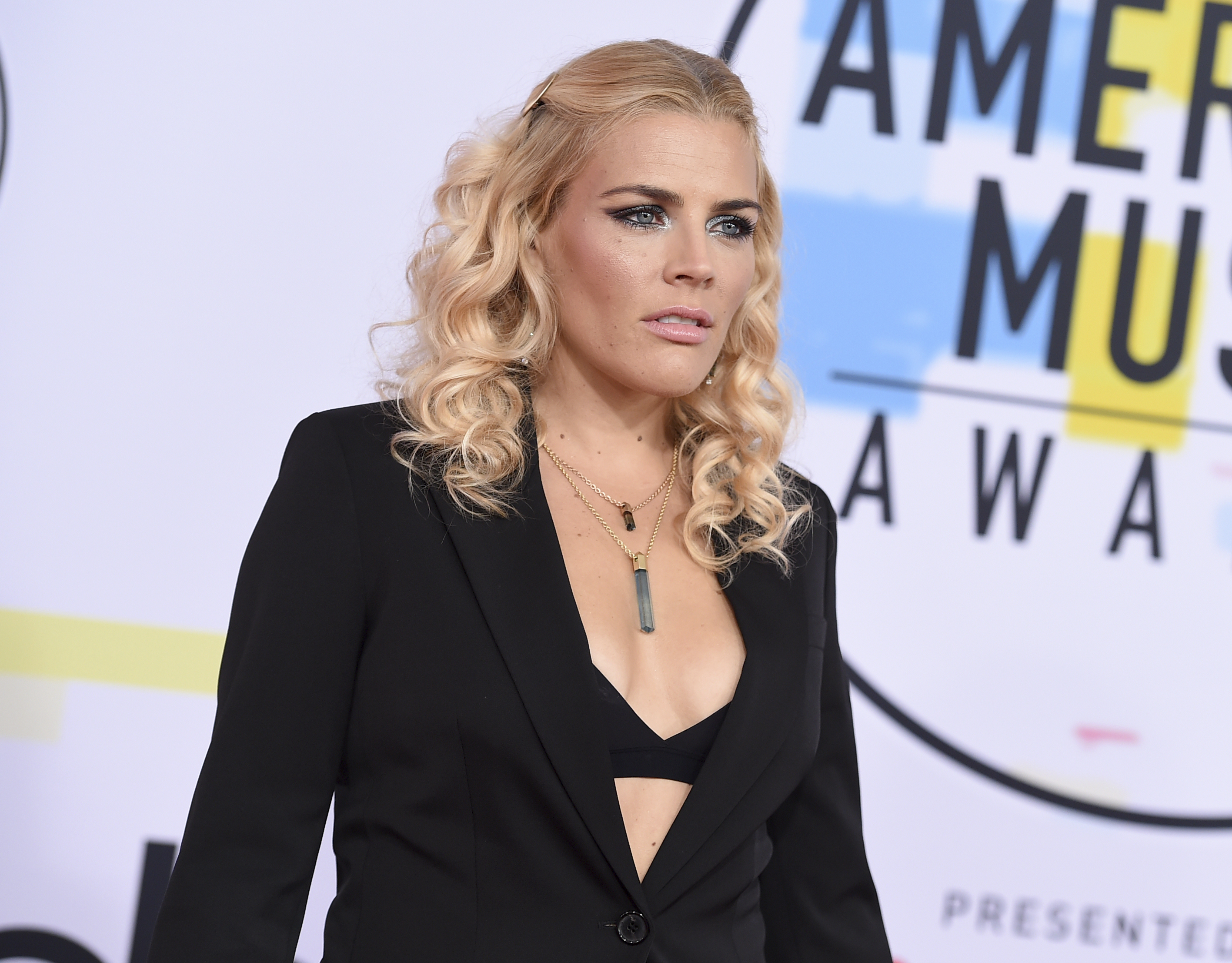 "<div class=""meta image-caption""><div class=""origin-logo origin-image none""><span>none</span></div><span class=""caption-text"">Busy Philipps arrives at the American Music Awards on Tuesday, Oct. 9, 2018, at the Microsoft Theater in Los Angeles. (Jordan Strauss/Invision/AP)</span></div>"