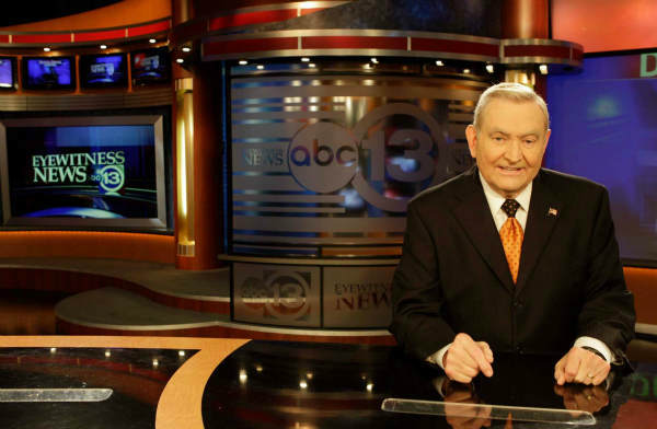 "<div class=""meta image-caption""><div class=""origin-logo origin-image ""><span></span></div><span class=""caption-text"">Dave Ward signed off the 10pm newscast tonight after 48 years. But he is NOT going anywhere!! He will continue to do the 6pm show. (Photo/Melissa Phillip)</span></div>"