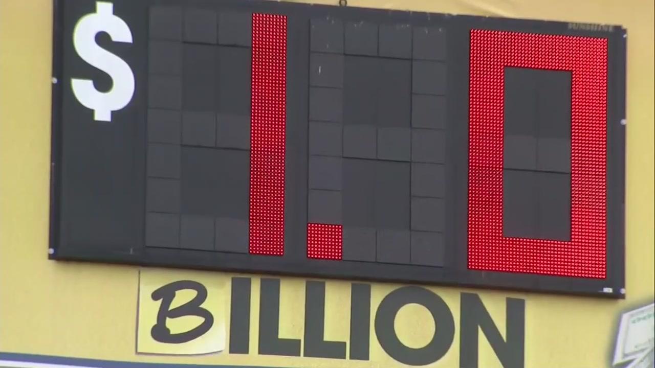 Mega Million Winning Numbers Drawn For 1 Billion Jackpot