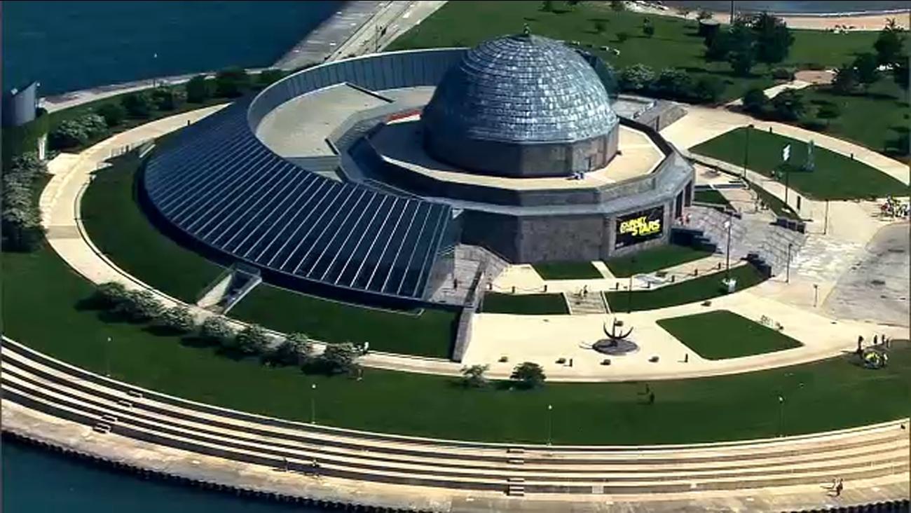 adler planetarium offers free days for illinois residents next week