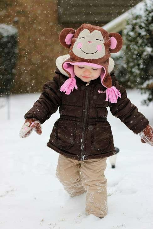 "<div class=""meta image-caption""><div class=""origin-logo origin-image ""><span></span></div><span class=""caption-text"">Toddler enjoying the snow (iWitness Photo)</span></div>"