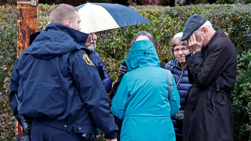 11 killed in Pittsburgh synagogue shooting