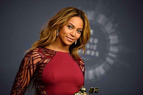 "<div class=""meta image-caption""><div class=""origin-logo origin-image ""><span></span></div><span class=""caption-text"">3. Beyonce (Photo/Jordan Strauss)</span></div>"
