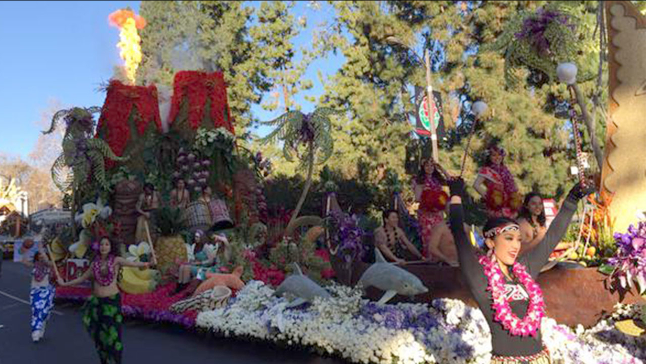 The Dole Packaged Foods float, themed Rhythm of Hawai'i, won most beautiful entry in parade with outstanding floral presentation and design.