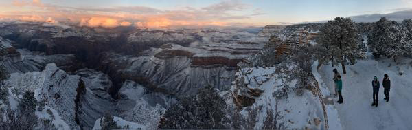 "<div class=""meta image-caption""><div class=""origin-logo origin-image ""><span></span></div><span class=""caption-text"">Snow covered the Grand Canyon in Arizona on New Year's Day. (Grand Canyon National Parks Service)</span></div>"