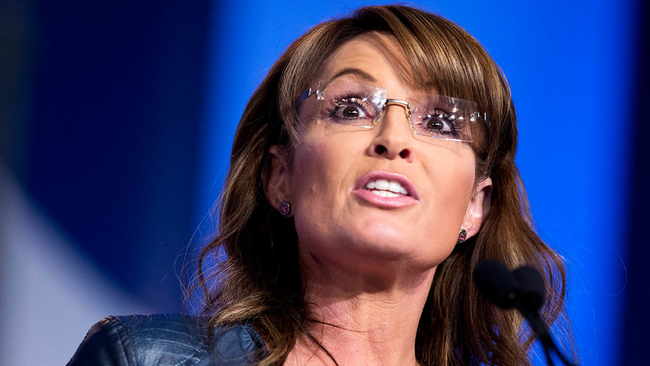 Sarah palin sparks online controversy with photos of her son sarah palin sparks online controversy with photos of her son standing on a dog abc7news altavistaventures Images