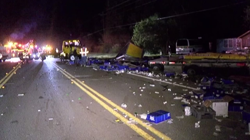 Crash spills prescription drugs all over highway in Cut and Shoot