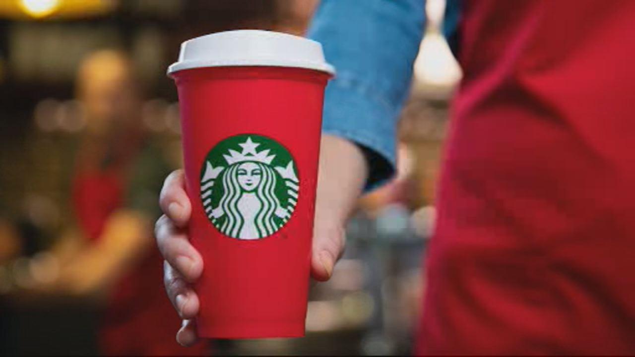 Starbucks giving away free holiday coffee cups | abc11.com