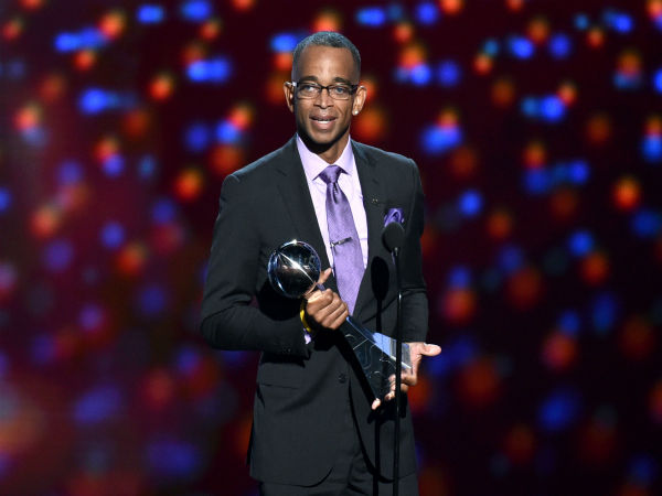 "<div class=""meta image-caption""><div class=""origin-logo origin-image ""><span></span></div><span class=""caption-text"">Sportscaster Stuart Scott accepts the Jimmy V award for perseverance, at the ESPY Awards, July 16, 2014, in Los Angeles. (Photo by John Shearer/Invision/AP) (Photo/John Shearer)</span></div>"