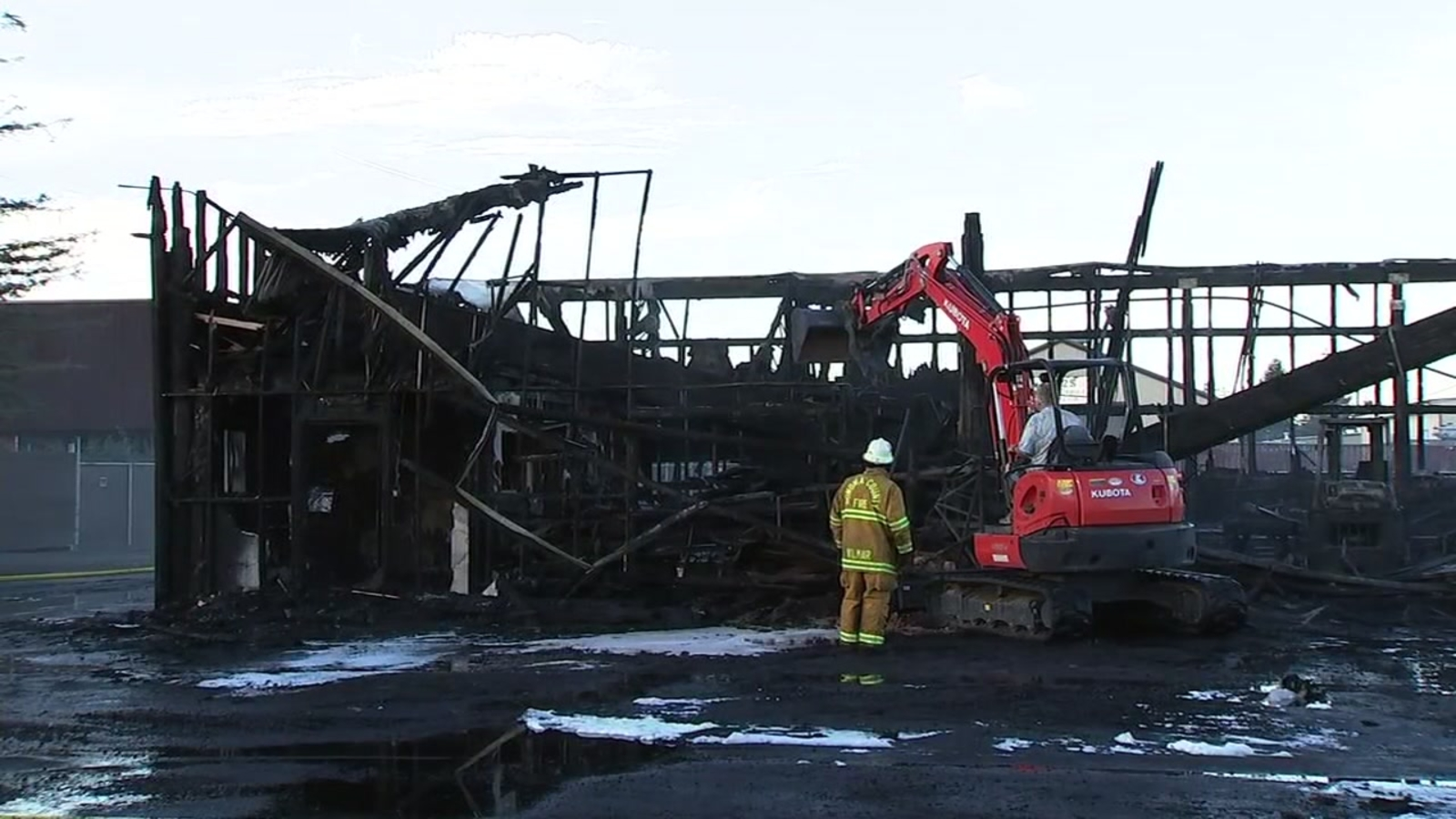 Santa Rosa Recycling Center >> Massive Santa Rosa Commercial Fire Contained At Least One Business