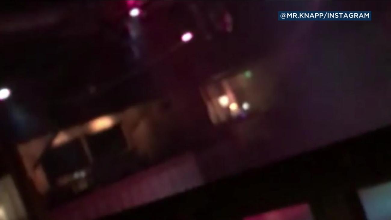 Video Captures Thousand Oaks Gunman Shooting Inside Bar Abc7 Com