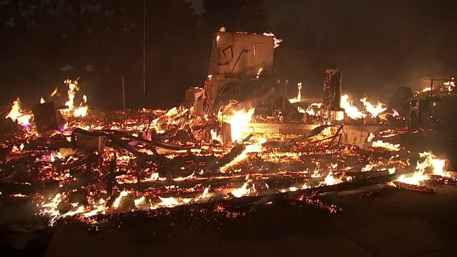 Camp Fire in Butte County grows to 105,000 acres with 20 percent containment
