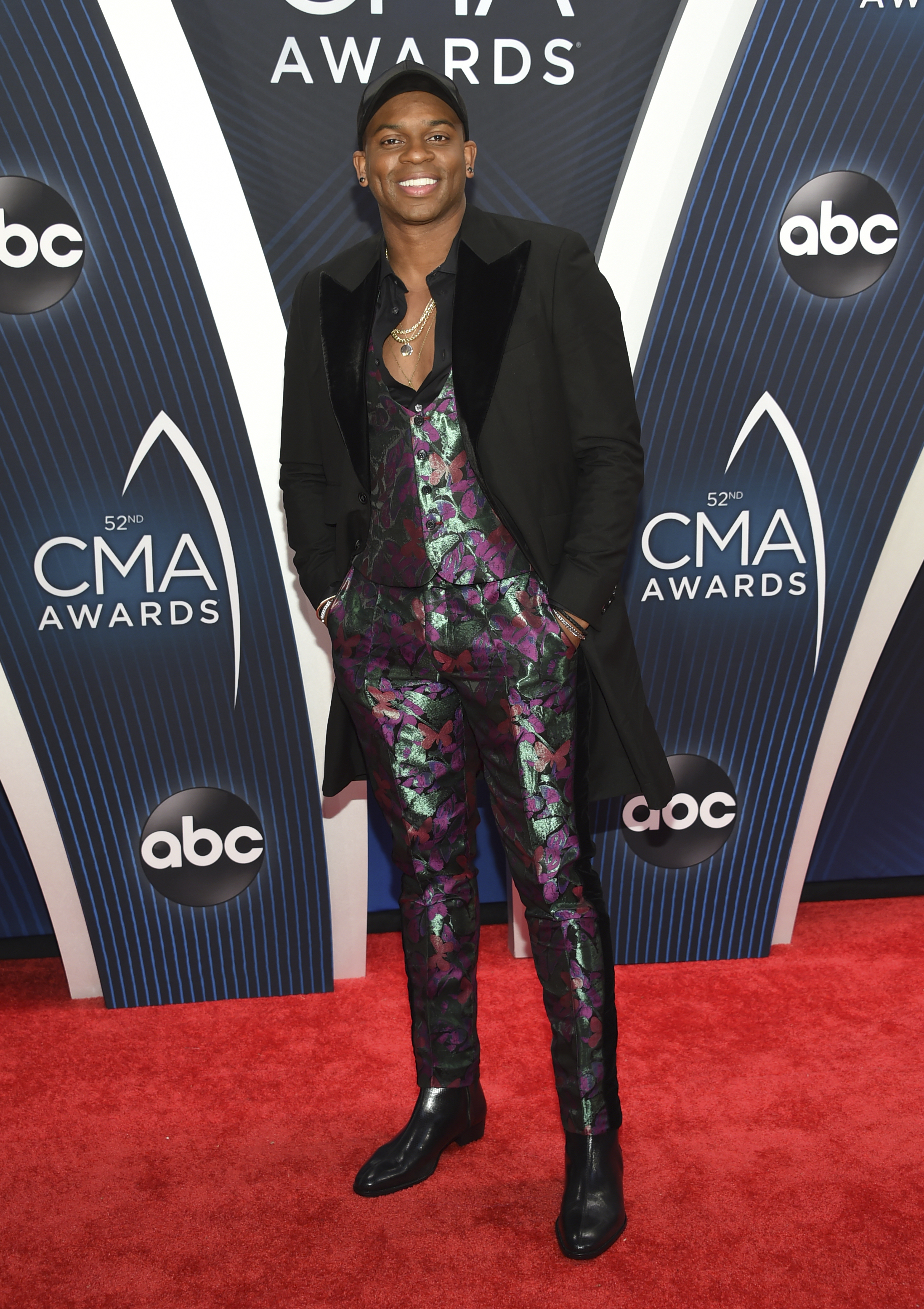"<div class=""meta image-caption""><div class=""origin-logo origin-image ap""><span>AP</span></div><span class=""caption-text"">Jimmie Allen arrives at the 52nd annual CMA Awards at Bridgestone Arena on Wednesday, Nov. 14, 2018, in Nashville, Tenn. (Photo by Evan Agostini/Invision/AP) (Evan Agostini/Invision/AP)</span></div>"
