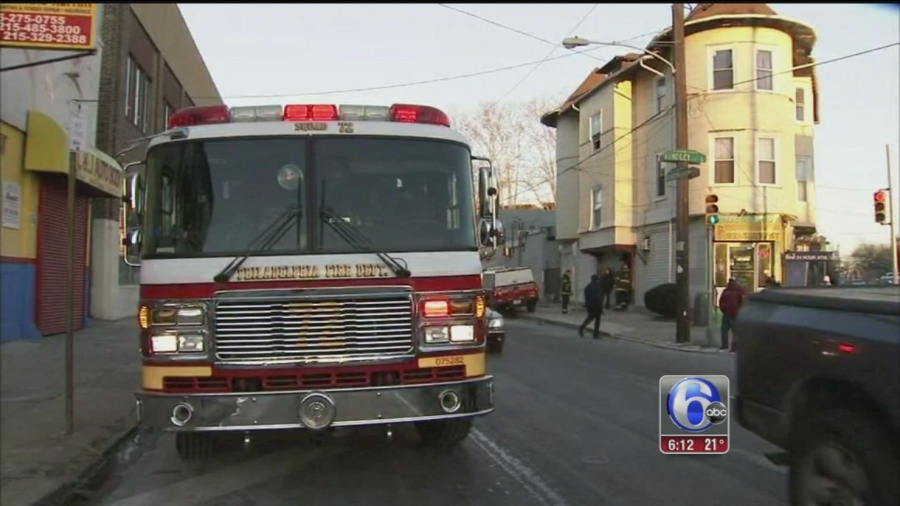 VIDEO: Fire possibly sparked by microwave leaves child injured