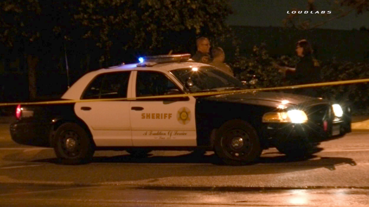 Los Angeles County sheriff's deputies investigate a fatal hit-and-run in South El Monte on Saturday, Jan. 10, 2015.