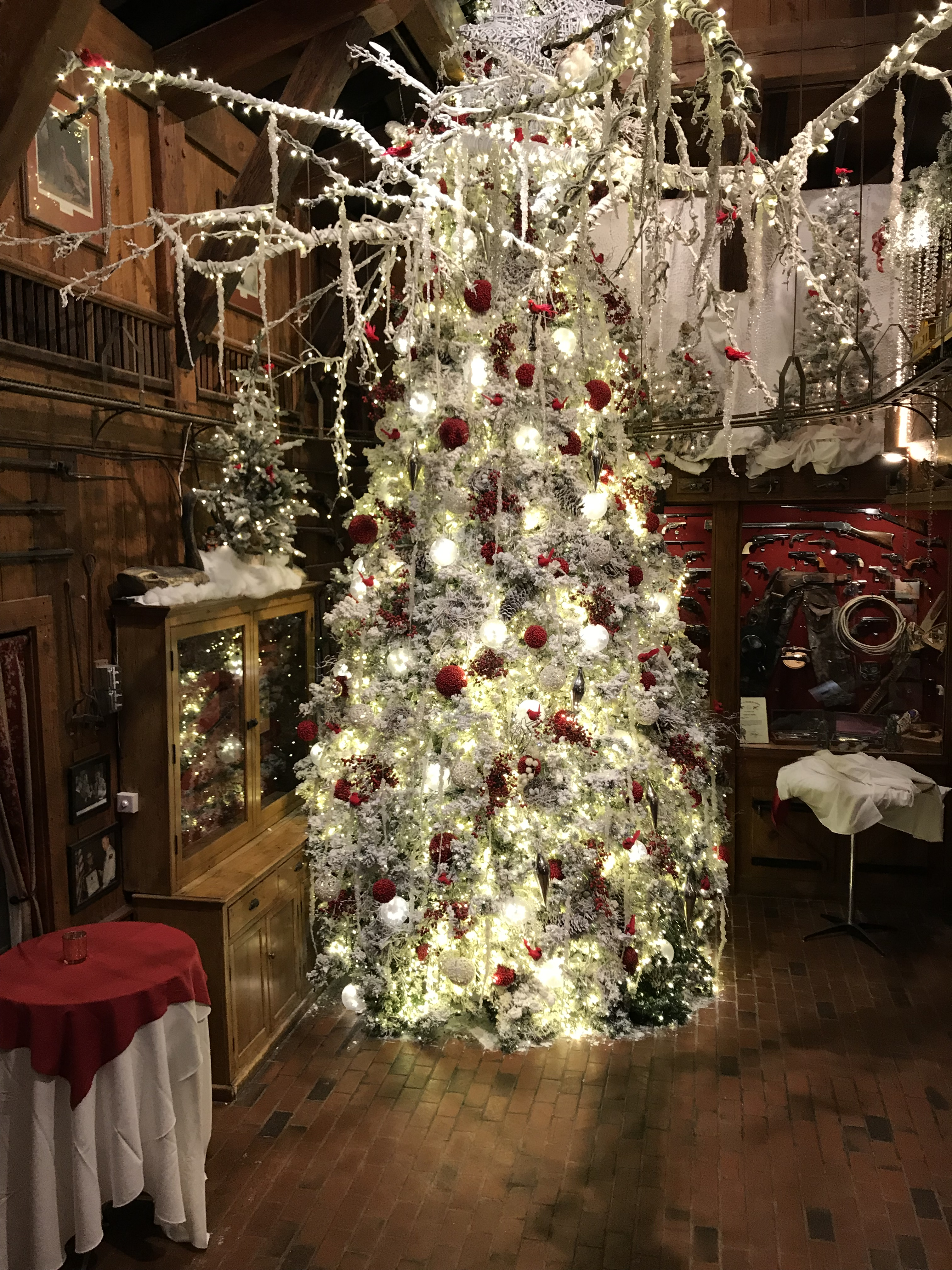 wtvd. Angus Barn is bringing in the Christmas joy