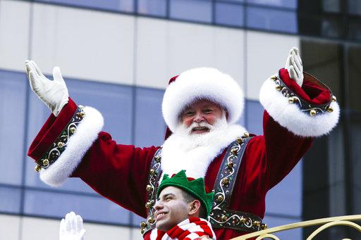 "<div class=""meta image-caption""><div class=""origin-logo origin-image none""><span>none</span></div><span class=""caption-text"">Santa Claus waves to the crowd during the 92nd annual Macy's Thanksgiving Day Parade in New York, Thursday, Nov. 22, 2018. (AP Photo/Eduardo Munoz Alvarez) (AP)</span></div>"