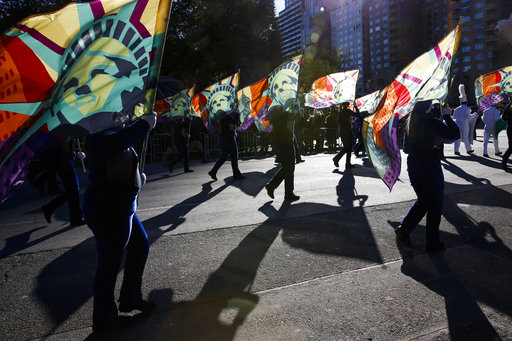 "<div class=""meta image-caption""><div class=""origin-logo origin-image none""><span>none</span></div><span class=""caption-text"">Performers take part in the 92nd annual Macy's Thanksgiving Day Parade in New York, Thursday, Nov. 22, 2018. (AP Photo/Eduardo Munoz Alvarez) (AP)</span></div>"