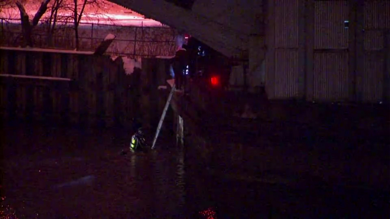 Crews Rescue Man Who Fell In Chicago River After Car Crash