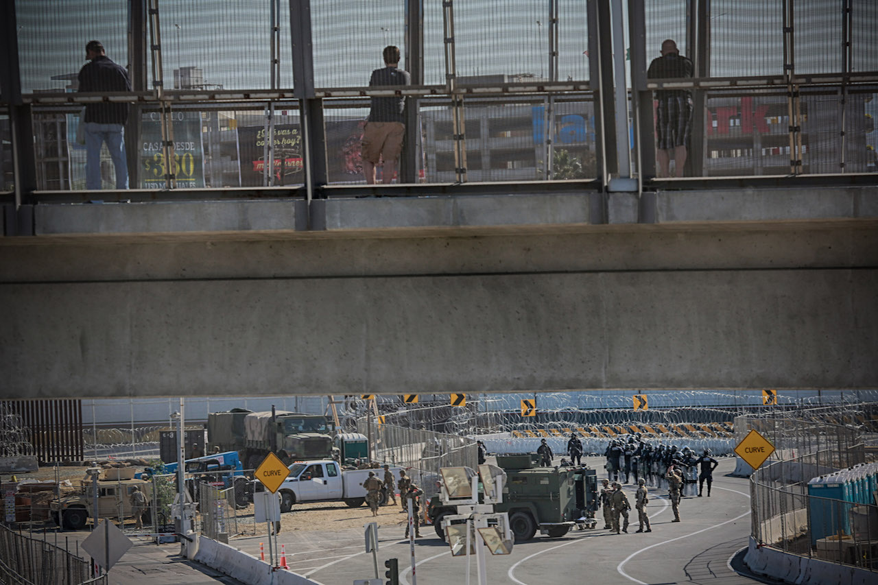 <div class='meta'><div class='origin-logo' data-origin='Creative Content'></div><span class='caption-text' data-credit='Sandy Huffaker/AFP/Getty Images'>United States Military personnel and Border Patrol agents secure the United States-Mexico border on November 25, 2018, at the San Ysidro border crossing point south of San Diego.</span></div>