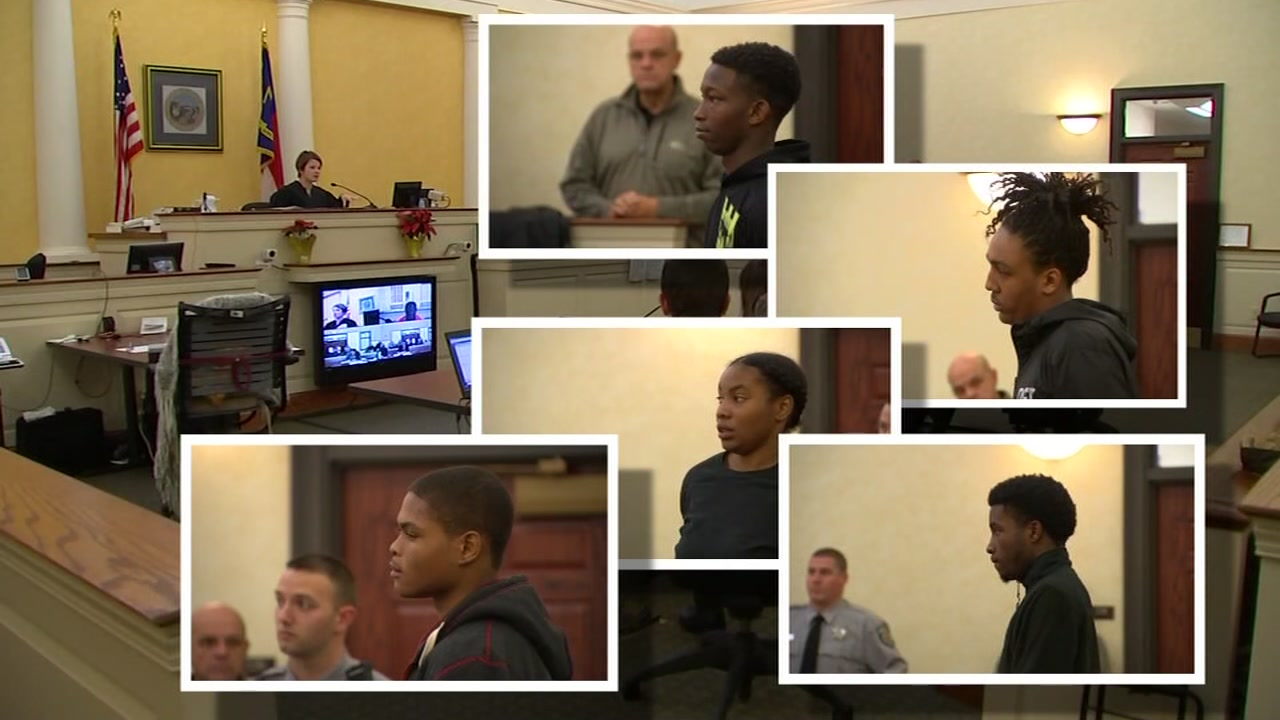 Teens charged in Orange County HS fight