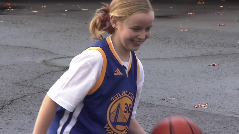 uk availability c9c57 6b536 Napa girl surprised by response from Warriors' Curry