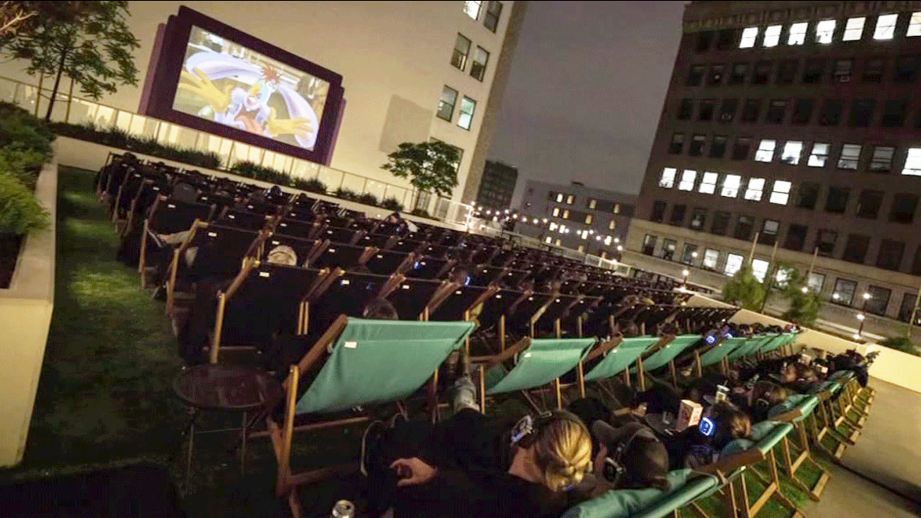 Holiday Movies Showing At Rooftop Cinema Club In Houston Abc13com