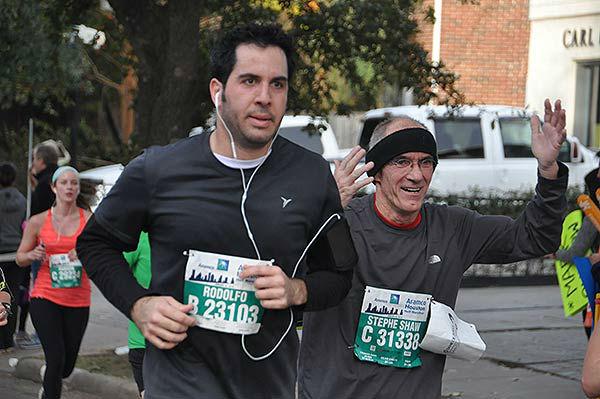 "<div class=""meta image-caption""><div class=""origin-logo origin-image ""><span></span></div><span class=""caption-text"">Runners along the course of the Chevron Houston Marathon and Aramco Houston Half Marathon, Sunday, January 18, 2015</span></div>"