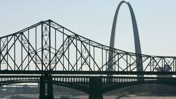 "<div class=""meta image-caption""><div class=""origin-logo origin-image ""><span></span></div><span class=""caption-text"">The Martin Luther King Bridge, top, and Eads Bridge, bottom, both crossing the Mississippi River, are seen from East St. Louis, Ill. (AP)</span></div>"