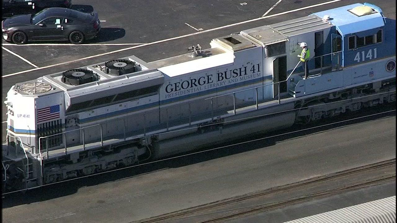 Take A Step Inside President George Hw Bush S Funeral Train Bush