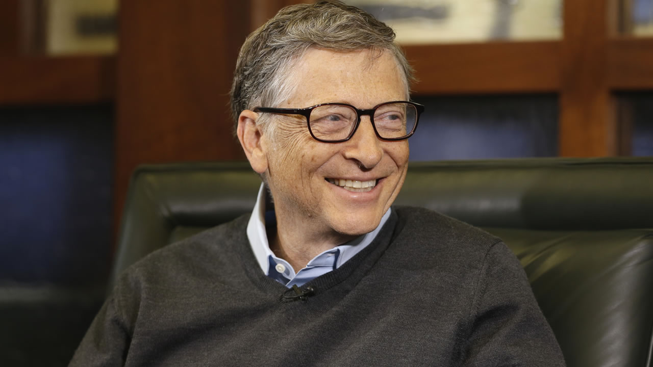 Microsoft co-founder Bill Gates smiles during an interview with Liz Claman on the Fox Business Network in Omaha, Neb., Monday, May 5, 2014. (AP Photo/Nati Harnik)