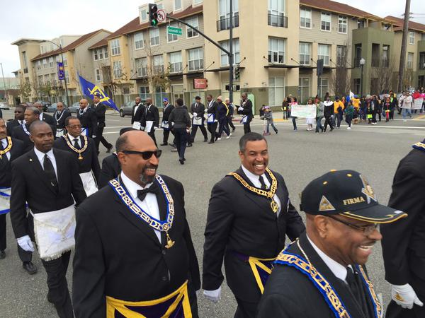 "<div class=""meta image-caption""><div class=""origin-logo origin-image ""><span></span></div><span class=""caption-text"">The MLK Day parade in El Cerrito, as hundreds marched along San Pablo Ave to El Cerrito High School on Monday, Jan. 19, 2015. (@JuanCarlosABC7)</span></div>"