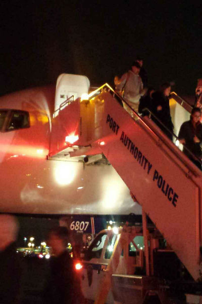 "<div class=""meta image-caption""><div class=""origin-logo origin-image ""><span></span></div><span class=""caption-text"">Delta flight to JFK evacuated after receiving threat (WABC Photo)</span></div>"