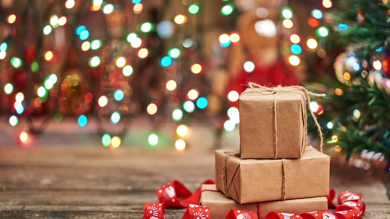 Usps Hours Christmas Eve.Be Aware Of Shipping Deadlines This Holiday Season