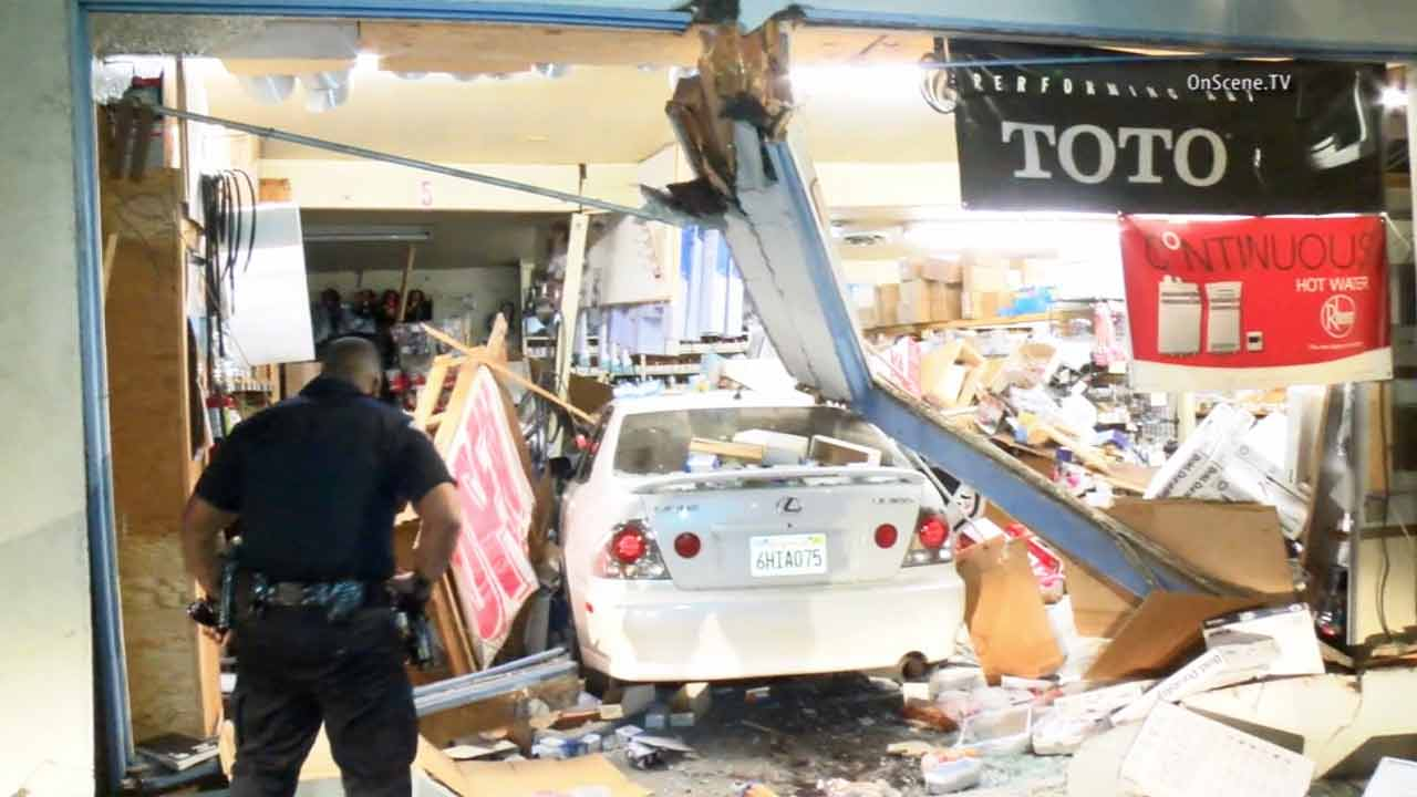 Bon Motorist Plows Into Garden Grove Plumbing Business, Arrested On Suspicion  Of DUI | Abc7.com