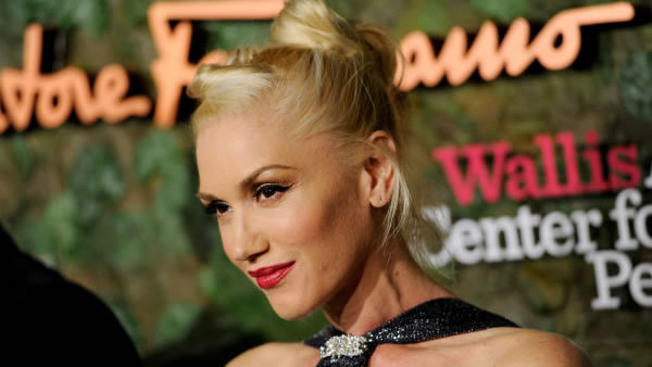 """<div class=""""meta image-caption""""><div class=""""origin-logo origin-image """"><span></span></div><span class=""""caption-text"""">Gwen Stefani: When the singer's third boy was born earlier this year, her husband tweeted his mouthful of a name: Apollo Bowie Flynn Rossdale. (Photo/Chris Pizzello)</span></div>"""