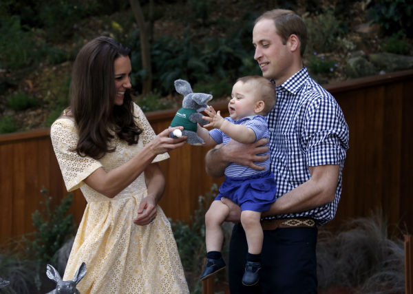 """<div class=""""meta image-caption""""><div class=""""origin-logo origin-image """"><span></span></div><span class=""""caption-text"""">Kate Middleton: Though it might seem like it's been forever since the royal birth was announced, this will be the Duchess of Cambridge's first Mother's Day. (AP Photo/ David Gray)</span></div>"""