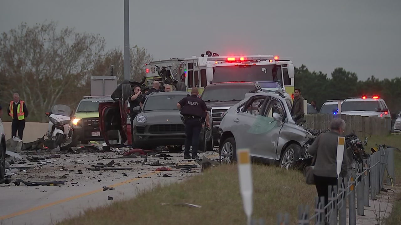 Deadly crash on Grand Parkway in Houston caught on