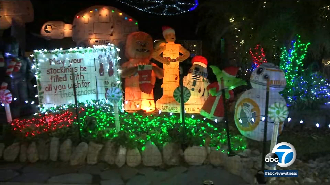 Thoroughbred Christmas Lights 2021 Schedule Only Drivers Will Be Allowed To See Thoroughbred Christmas Light Display In Rancho Cucamonga Abc7 Los Angeles