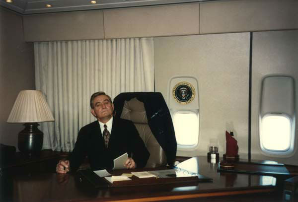 "<div class=""meta image-caption""><div class=""origin-logo origin-image none""><span>none</span></div><span class=""caption-text"">Dave Ward at former President George H.W. Bush's desk aboard Air Force One (KTRK Photo)</span></div>"