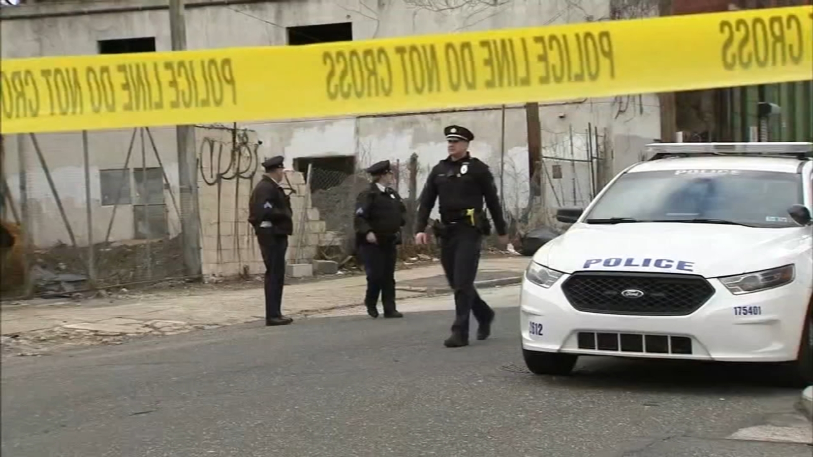 Holiday atmosphere marred by violent Saturday in Philadelphia