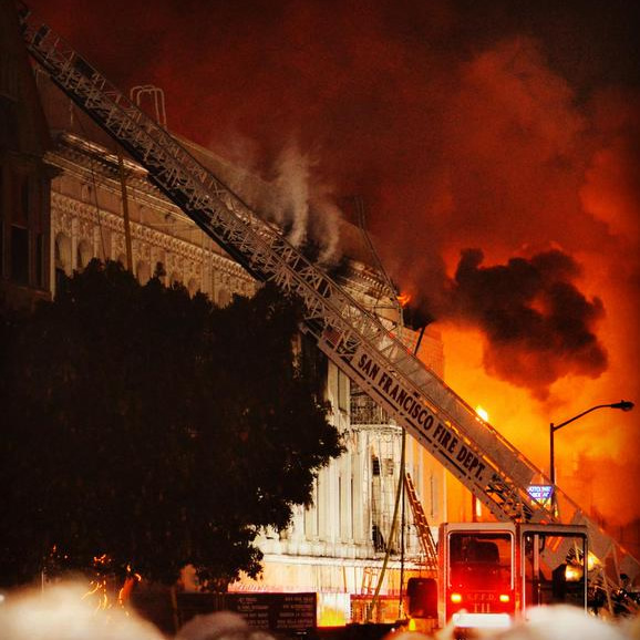 """<div class=""""meta image-caption""""><div class=""""origin-logo origin-image none""""><span>none</span></div><span class=""""caption-text"""">A fire burns in the Mission District neighborhood of San Francisco, Calif. on Jan. 28, 2015. (Photos by Cristiano Valli, courtesy Mission Local)</span></div>"""