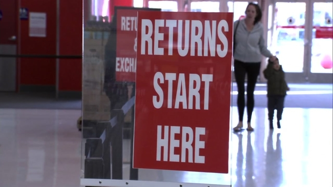 Post-Christmas sales bring out shoppers in Bay Area