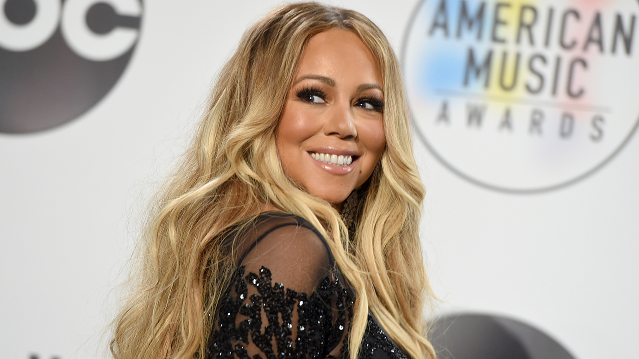 mariah carey s christmas classic sets new record on spotify
